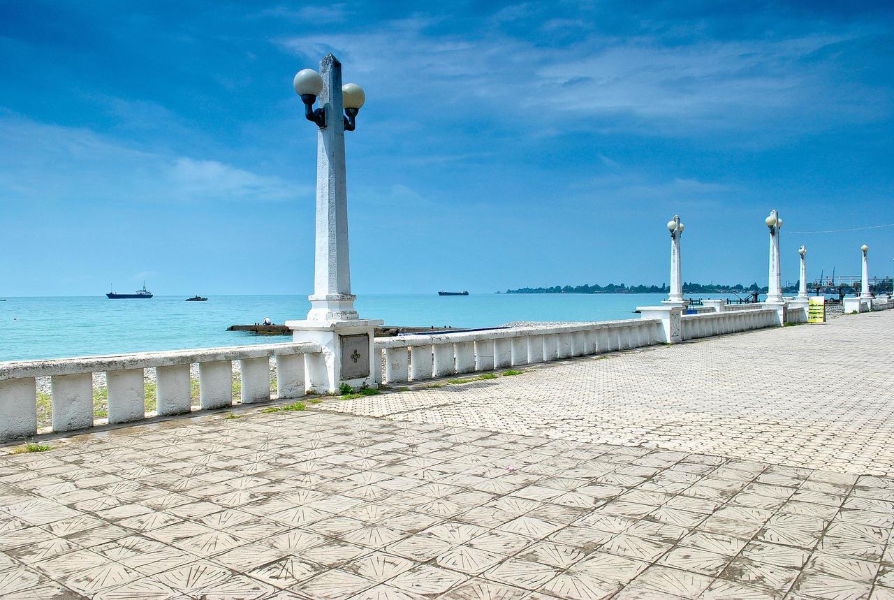 Сухуми фото города и пляжа 2018