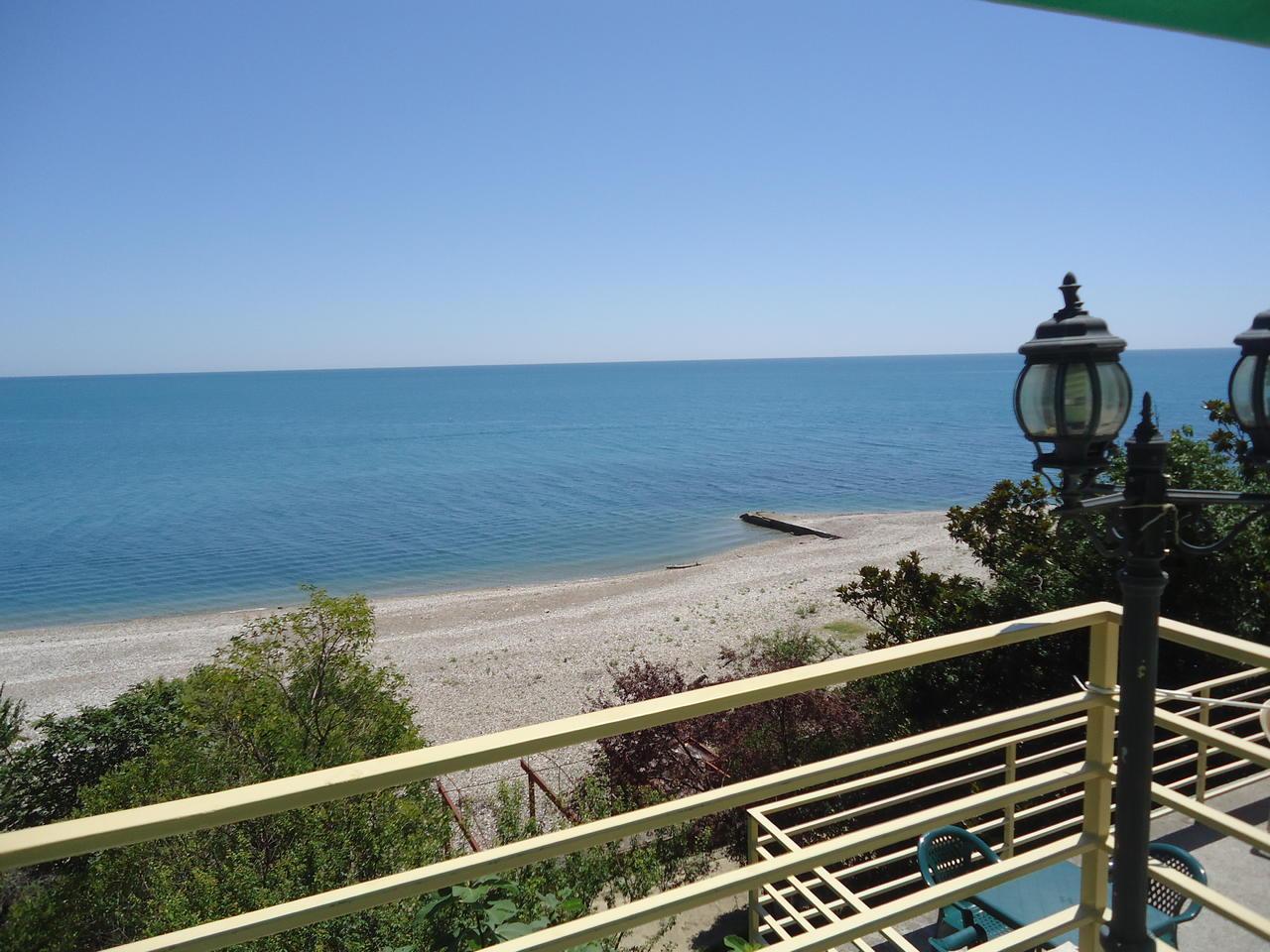Абхазия гудаута фото пляжей