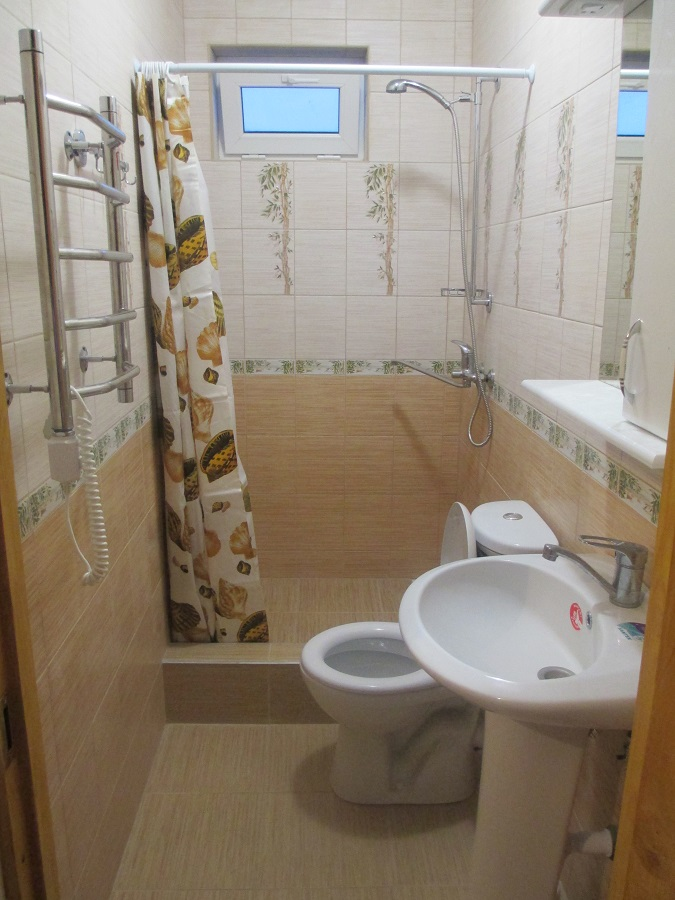 пристройка туалет и душ в доме фото